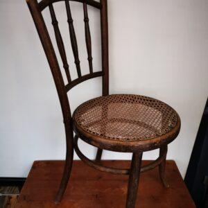 Thonet stoel - De StadsZolder - Winkel - Ontruimingen